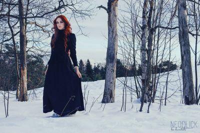 Artistiasu vuokrapuku Gothic fashion, Make up & photo: Neo Aarnikotka