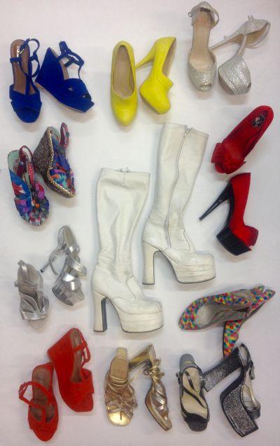 Artistiasu vuokrapuku naisten kenkiä