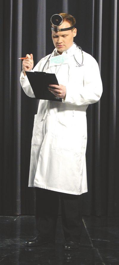 Artistiasu vuokrapuku lääkäri
