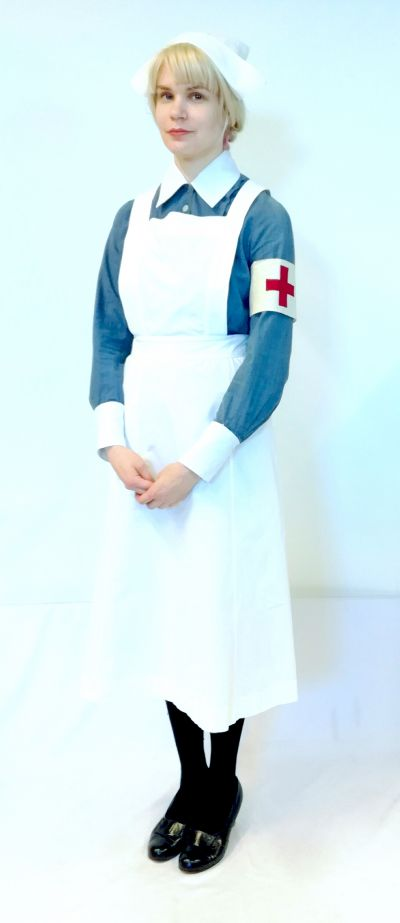 Artistiasu vuokrapuku sairaanhoitaja