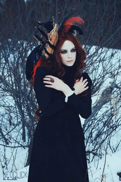 Gothic fashion Make-up and photography Neo Aarnikotka