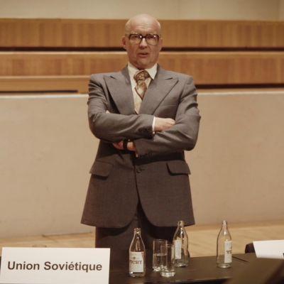 Artistiasu vuokrapuku, Kekkonen – Antti Pääkkönen, Telling Company Oy / Helsingin Rakennusvirasto