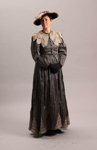 artistiasu vuokrapuku kertaustyylit, pukeutumiselämys